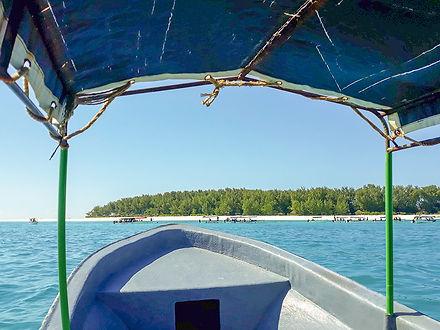 Mnemba Atol Boat Tour | Zanzibar | Tanzania | Shots and Tales