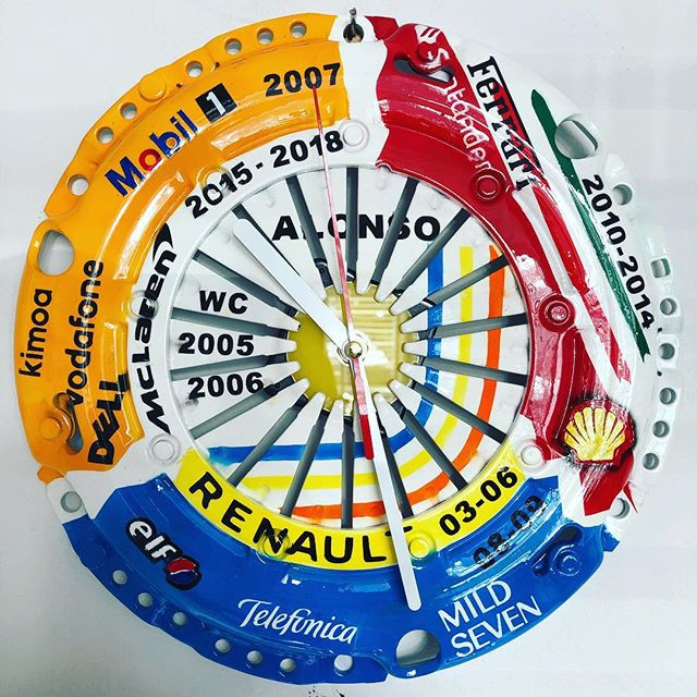 Fernando Alonso tribute clock