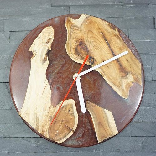 Chameleon Red Resin river clock