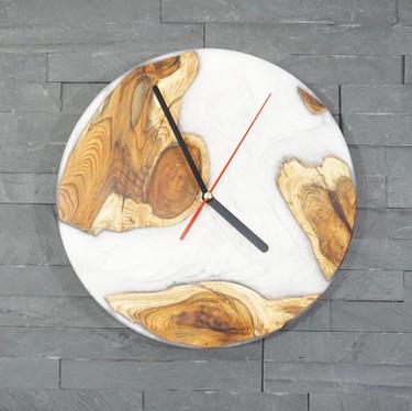 White Resin River Clock