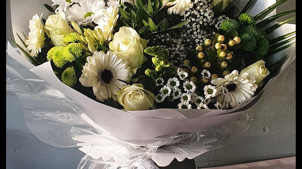 Elegance White Bouquet