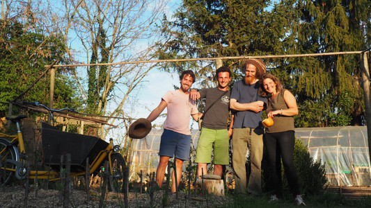 Vincent, Clarence, Edouard le pépiniériste et Constance