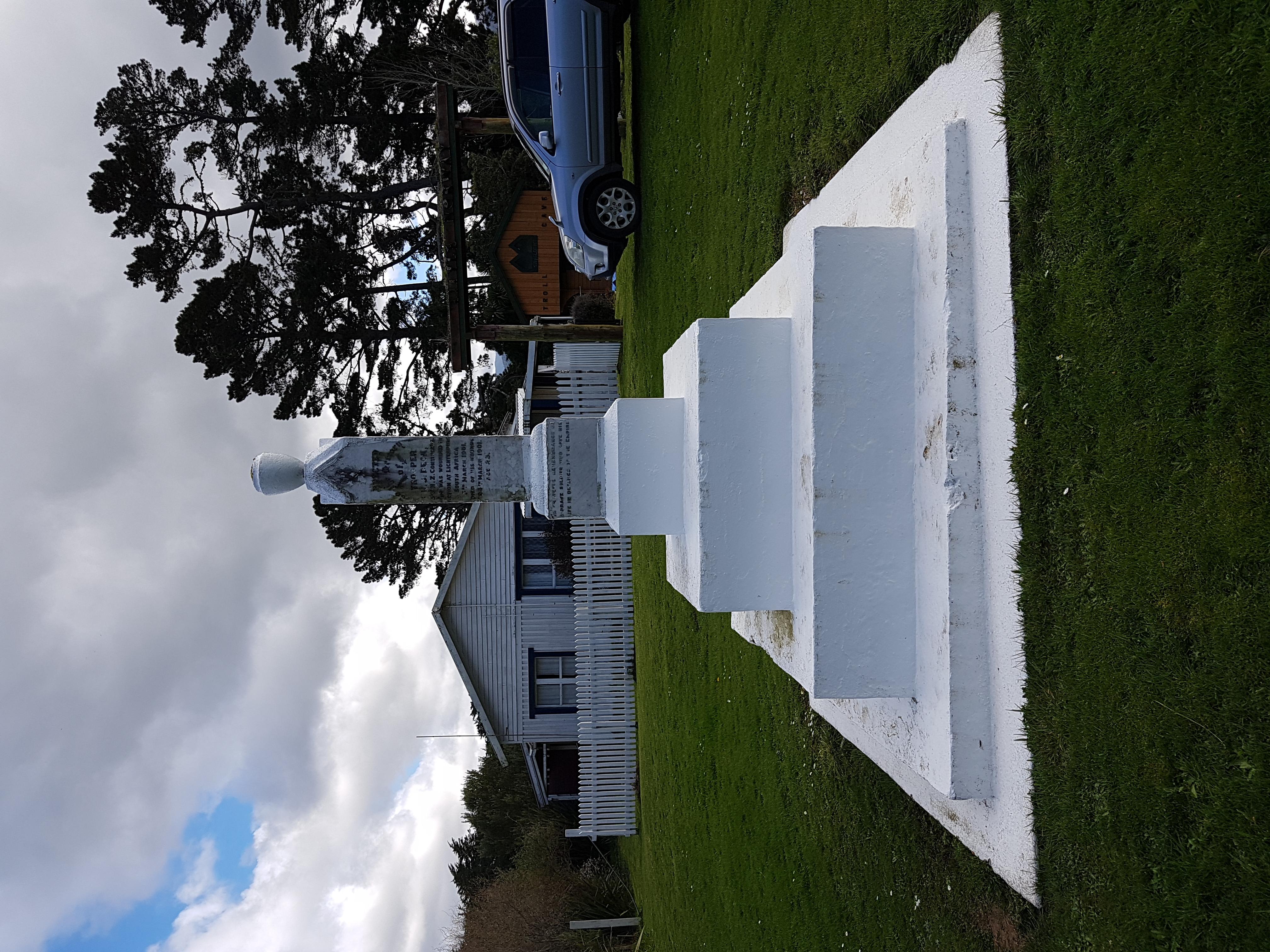 Norsewood memorial-1