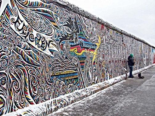 Top-Graffiti-Berlin2-740x555.jpg