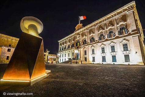 Castille_Valletta.jpg