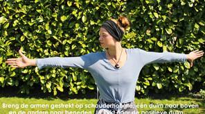Oefening voor nek en schouders
