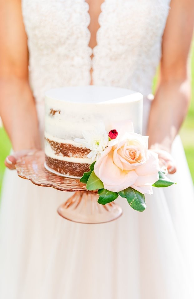 Small wedding cake, styled photo