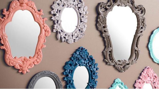 Como usar espelho na decoração: espelhos com moldura colorida