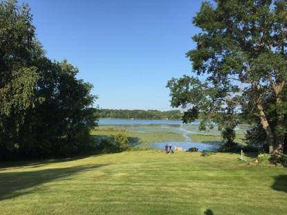 Lakefront Bargain Hunters