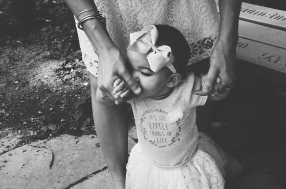 SAMMI & ANNALISE - A Mommy & Me Portrait Session