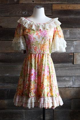 '70s Floral Square Dance Dress   L