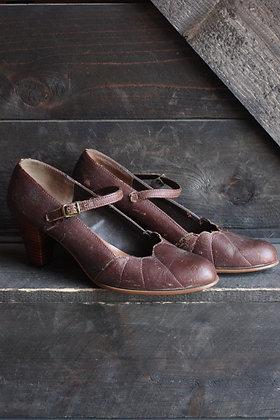 Vintage Brown Heels   6/6.5