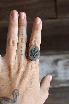 Vintage MaryJane Turquoise Chip Inlay Ring | 9