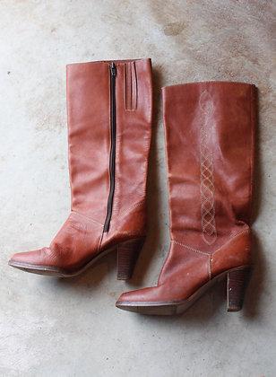 Vintage Chestnut Heeled Boots  