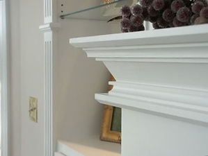 Traditional mantel crown moulding