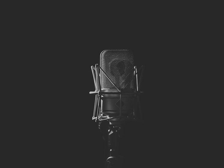 Microphone%20Black_edited.jpg