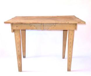 Pueblo Table