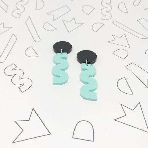 Squiggle Earrings in Mint