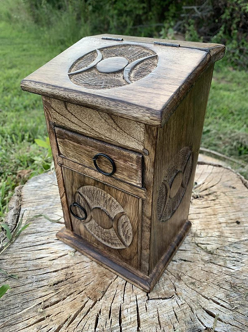 Almirah box
