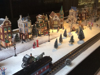 Christmas in the City display at Delfine's Jewelry