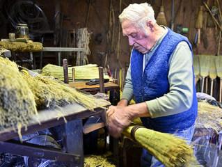 Broom maker Jim Shaffer at Capitol Conference Center