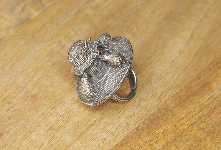 Gajaraj Adjustable Silver Look-Alike Finger Ring