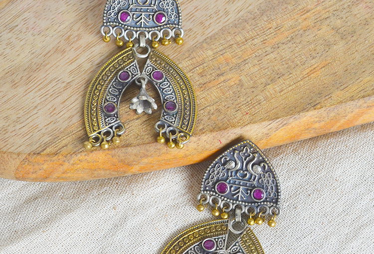 KALAPI - Peacock Two Tone Brass Earrings