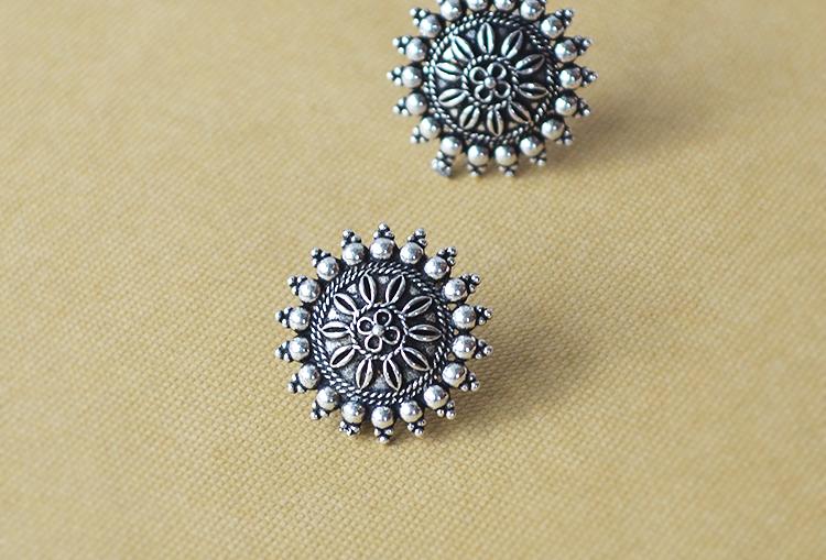 CHAKRA - Oxidized Stud Earrings (small size)