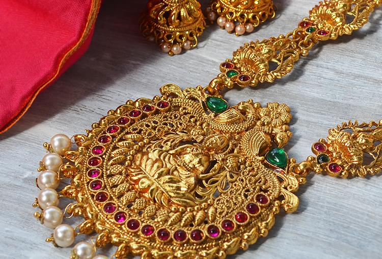 MahaLaxmi Kemp Temple Jewellery Necklace and Earrings