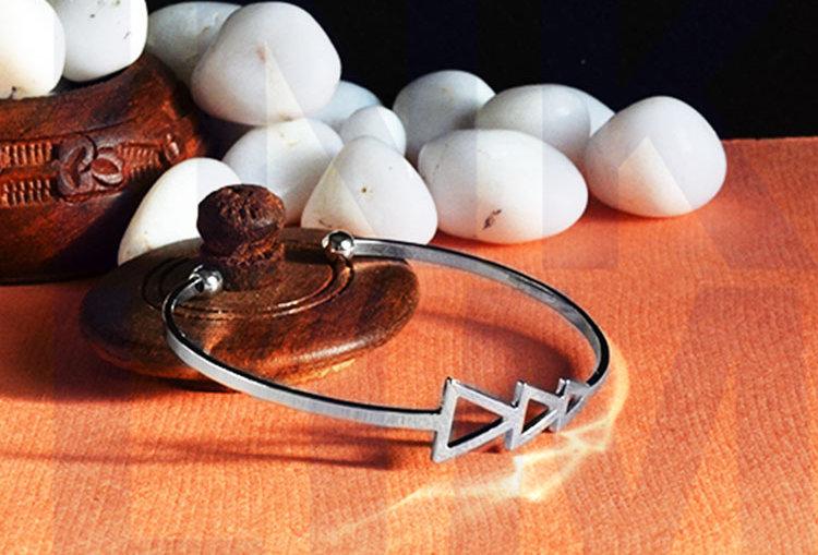 Traingle Open Silver Kada / Bracelet
