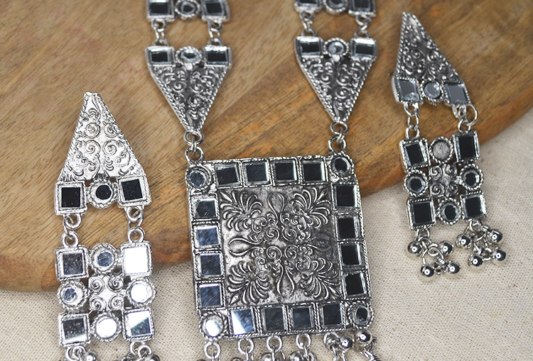 AAINA - Oxidized Mirror work Necklace and Earrings Set