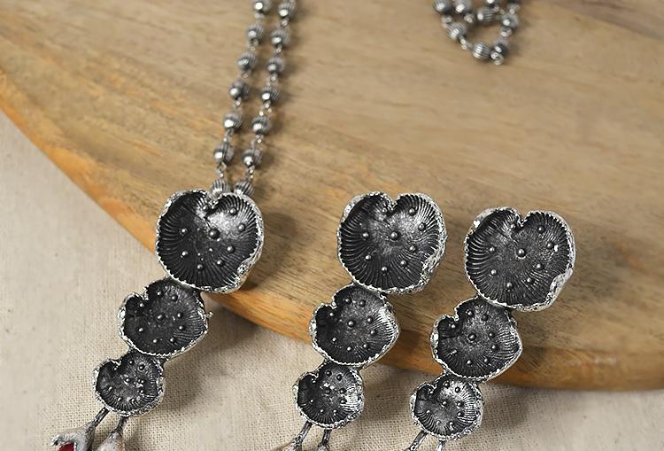 SAROJ  - Oxidized lotus leaves chain necklace set