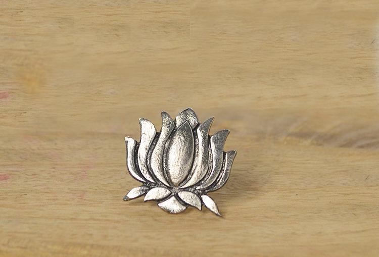 SAROJ - Lotus Silver Finger Ring