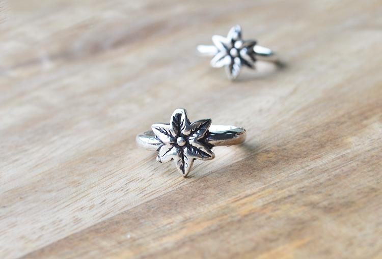Star Flower Toe Rings