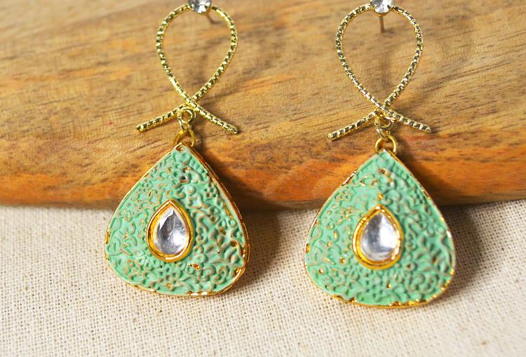 Meenakari and Kundan Minimal Earrings