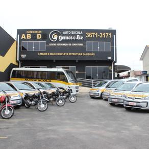 Autoescola Gomes e Liz amplia frota com veículos 0km