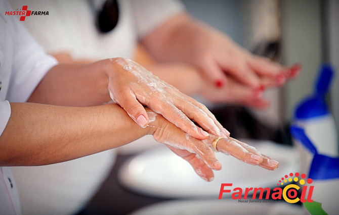 O jeito correto de lavar as mãos