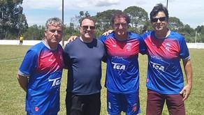 Amistoso reúne grandes nomes do futebol nacional em Quatro Barras