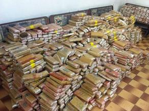 Motorista utilizava o caminhão para transportar a droga de Colombo até São Paulo.