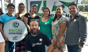 "Serginho participa da entrega do ""Kit Escola Conectada"""