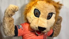 Mascote do União Terra Boa anima a torcida e dá apoio ao time no Campinão 2019
