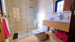 ivanga baño up 2