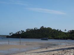 Terrain de foot à la plage à Moreré