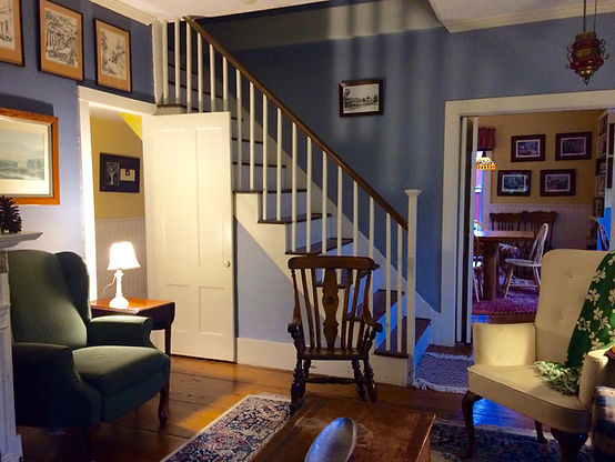 Vermont 1828 Living room