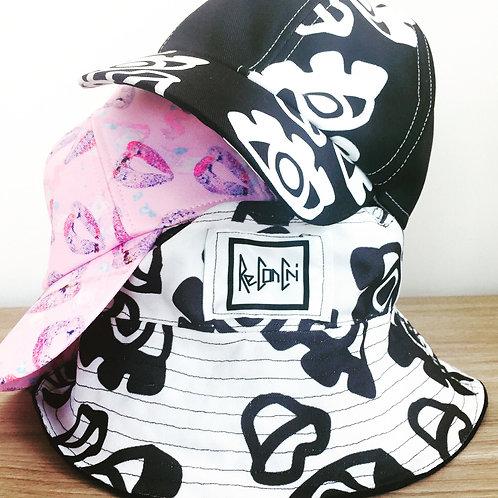 Ojos Bucket Hat