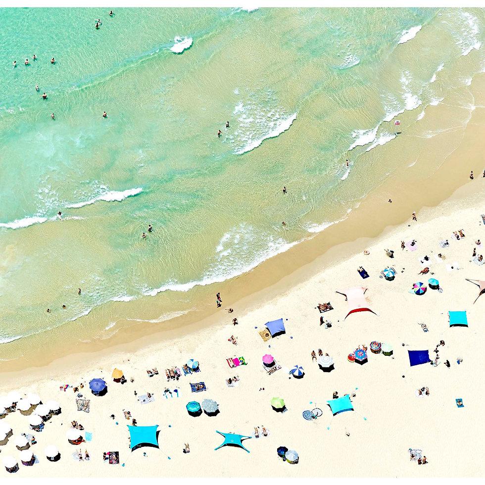 Soaking in Summer (Tel Aviv)