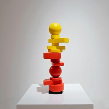 stu210078w_orange-and-yellow-mini-totem_