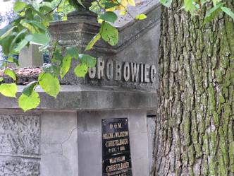 Stary Cmentarz w Tarnowie musisz go zobaczyć!