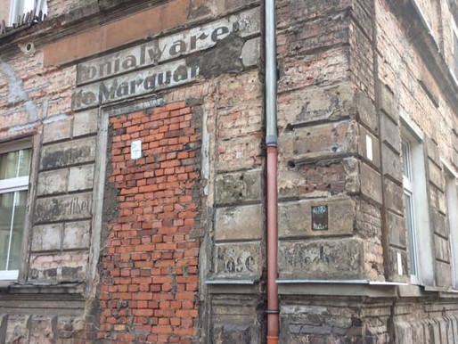 ul. Kaszubska róg Owocowej, najbardziej znany napis sklepu kolonialnego