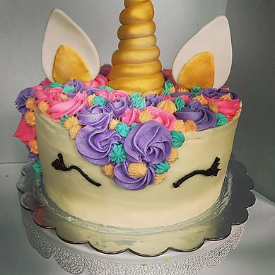 Unicorn cake! #honeybeesweetsna #bakery
